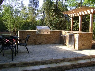 Photo of Outdoor Kitchen, patio by E&H Hardscape in Charlotte NC
